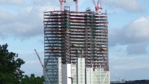 Broadgate_Tower_under_construction_from_Hoxton_2
