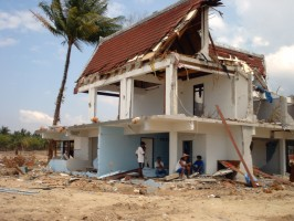 Tsunami damage documented by Dr Tiziana Rossetto, UCL