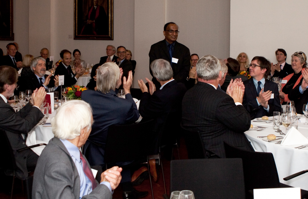 Prof Mohan Edirisinghe receives the Brian Mercer Feasibility award at the Royal Society's 'Labs to Riches' event